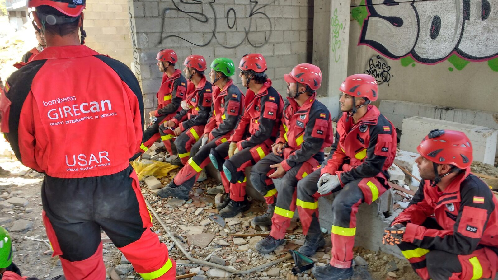 <p>TweetEl lunes 24/7 comenzamos el primer módulo de rescate USAR para los miembros de nuestro equipo de rescate. Contamos con la participación docente de Joaquín Sánchez , Brigada de la Unidad Militar de Emergencias y de dilatada experiencia en metodología USAR INSARAG y autor del blog Rescate Urbano . Así […]</p>
